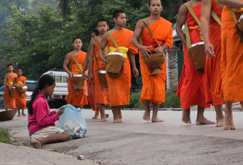 As monges de Laos fotos de stock