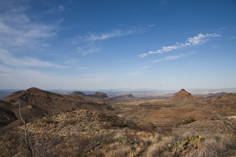 As montanhas de Chisos na curvatura grande imagem de stock