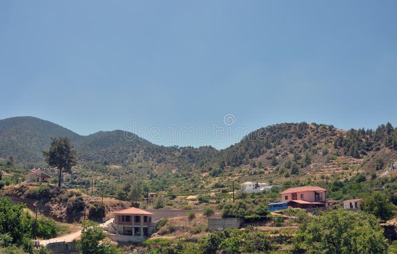 As montanhas de Troodos A vila de Kakopetria fotografia de stock royalty free