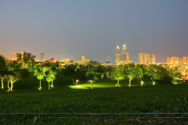 As montanhas novas estacionam em Katara Catar fotografia de stock royalty free