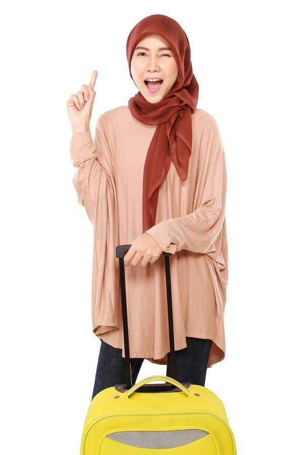 As mulheres muçulmanas novas alegres encontram a ideia imagem de stock