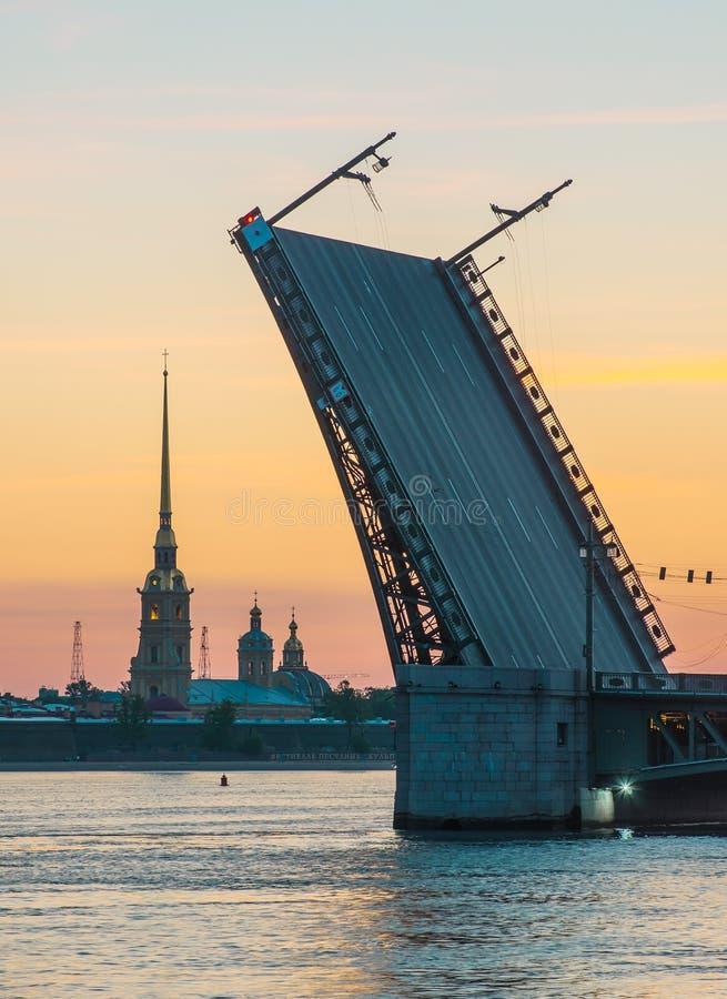 As noites brancas em St Petersburg, Rússia fotos de stock royalty free