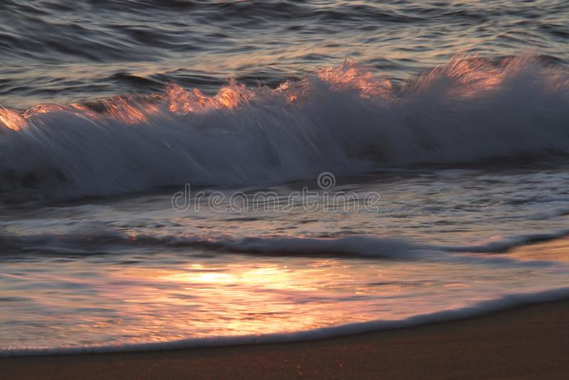 As ondas do mar agitado imagens de stock royalty free