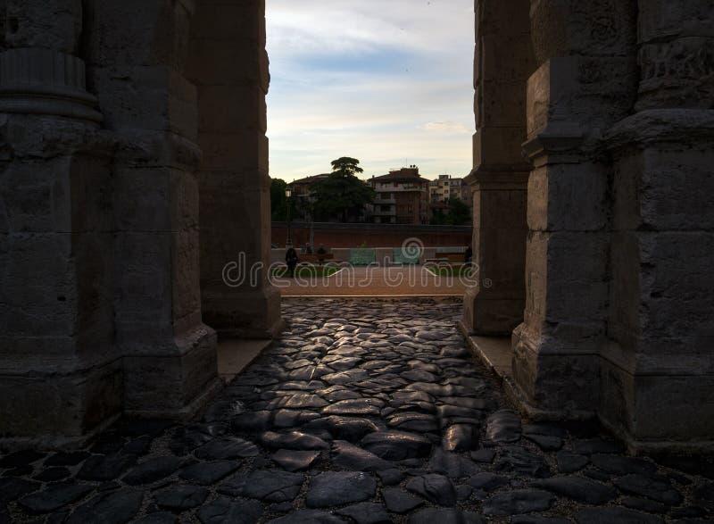 As paredes antigas de Verona Italy imagem de stock