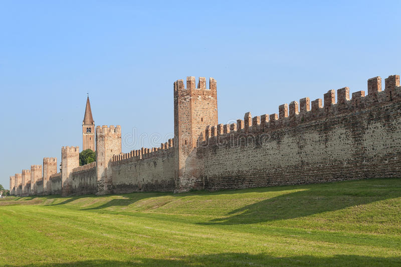 As paredes de Montagnana (Pádua, Itália) imagens de stock royalty free