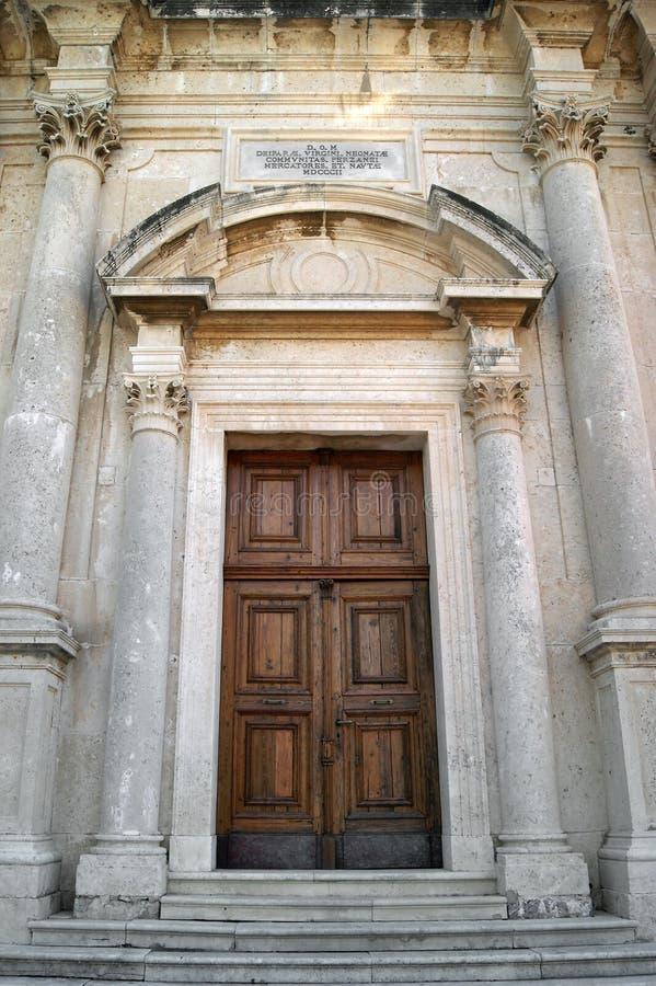 As portas centrais do templo imagens de stock