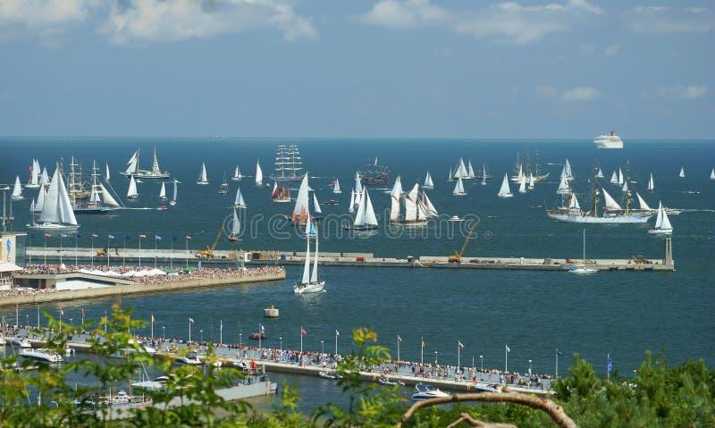 As raças dos navios altos Gdynia 2009 imagens de stock