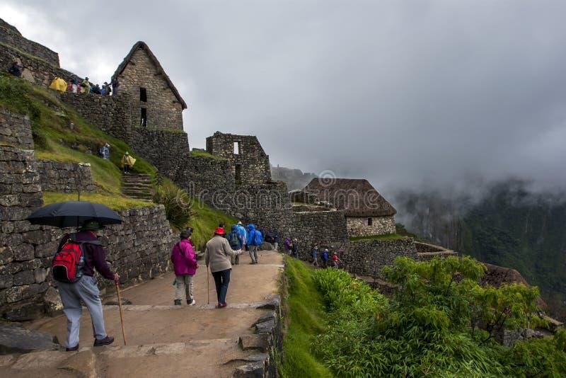 As ruínas antigas incríveis de Machu Picchu no Peru imagem de stock