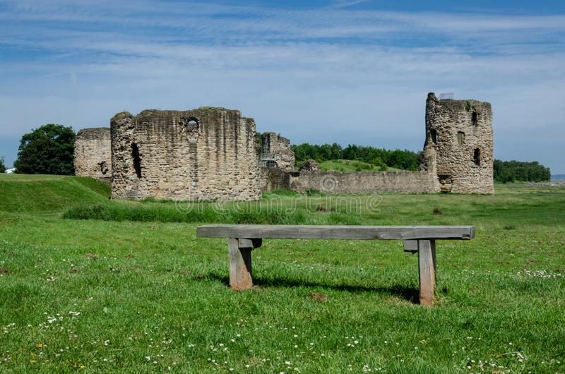 As ruínas de Flint Castle imagem de stock royalty free