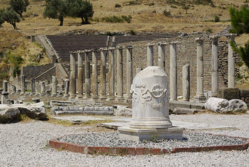 As ruínas de Pergamon, lugar de nascimento de Hippocrates imagens de stock royalty free