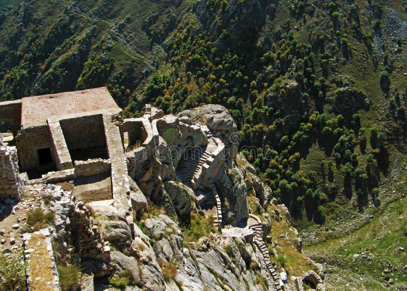 As ruínas do forte de Babak , região de Arasbaran , Irã imagens de stock royalty free