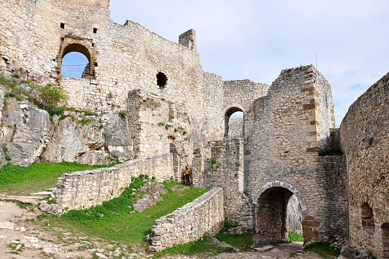 As ruínas velhas fortificam, castelo de Spiss, Eslováquia, Europa fotos de stock