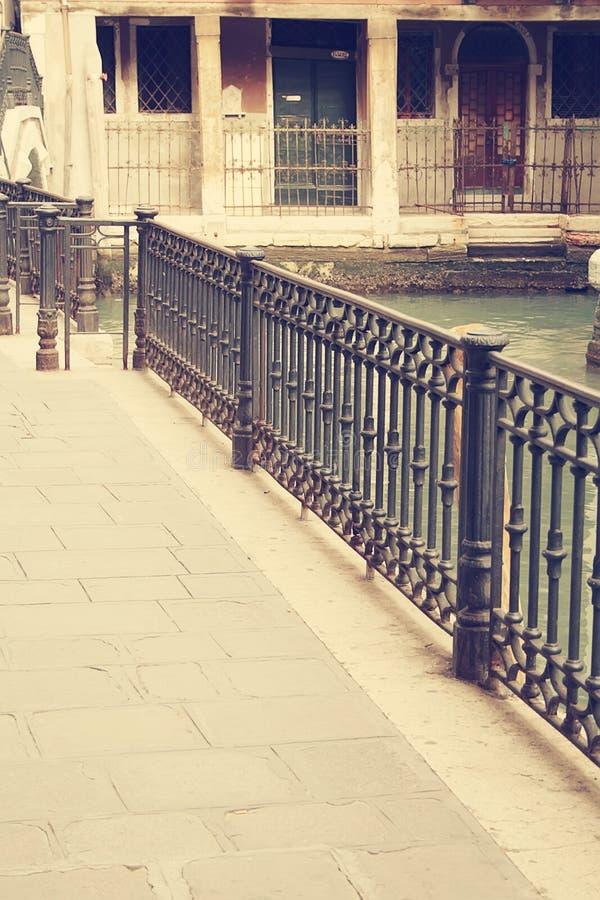 As ruas de Veneza imagem de stock