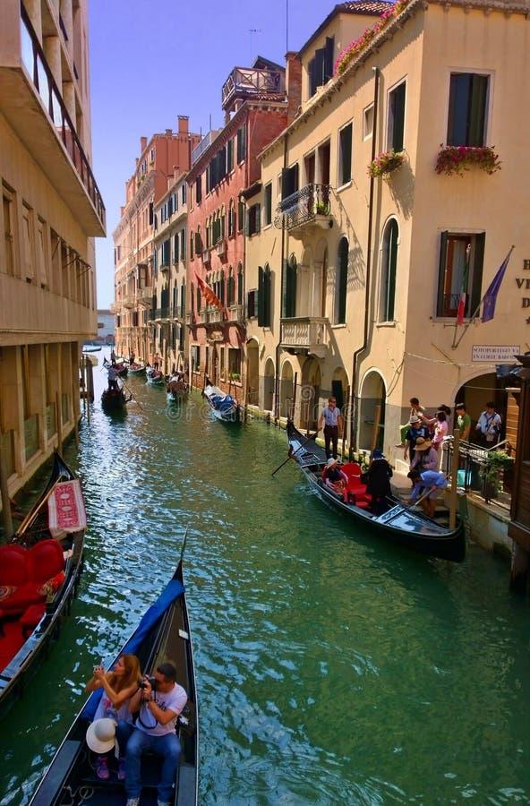 As ruas de Veneza foto de stock