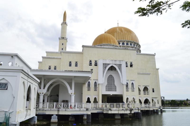 As-Salam Mosque, gelegen in Puchong Perdana, Selangor, Maleisië stock fotografie