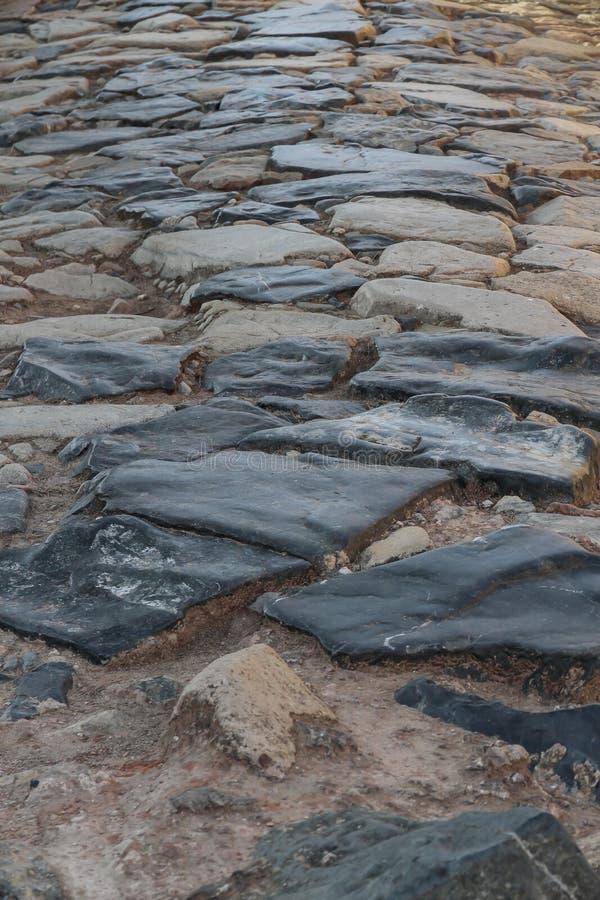As sobras uma estrada romana antiga fotos de stock royalty free