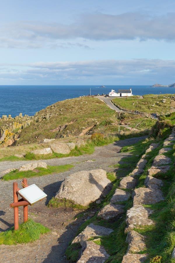 As terras terminam a atração turística inglesa de Cornualha Inglaterra a maioria de ponto para o oeste do país e da atração turíst fotos de stock royalty free