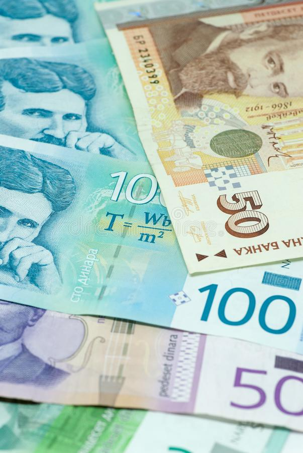 As várias cédulas do dinar sérvio e do comércio de troca bilateral dos levs búlgaros trocam o conceito foto de stock royalty free