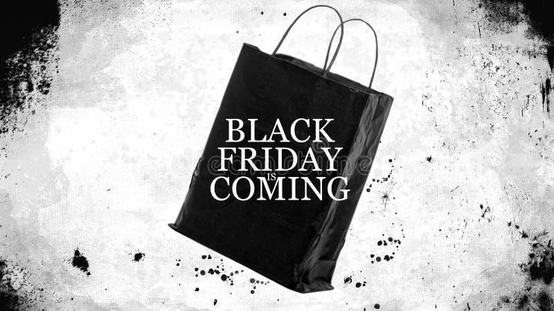 As vendas da compra de Black Friday ensacam - Black Friday está vindo imagens de stock