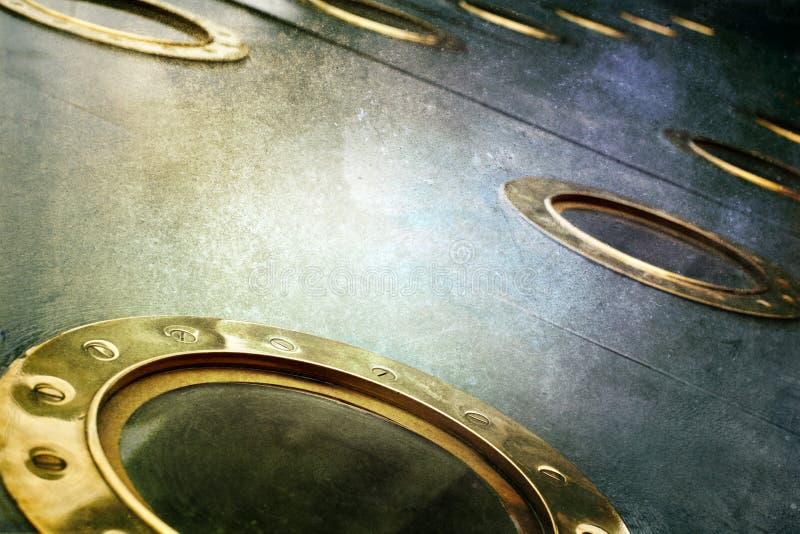 As vigias de bronze em um vapor militar velho enviam imagem de stock royalty free