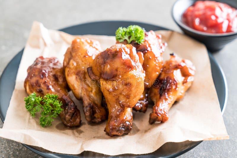 Asas de galinha do assado fotografia de stock royalty free