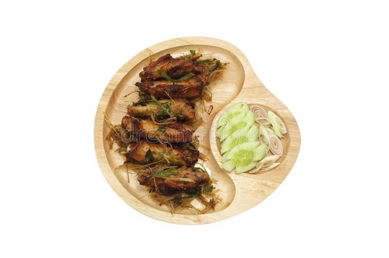 Asas de galinha fritadas com nardo, alimento tailandês imagem de stock royalty free