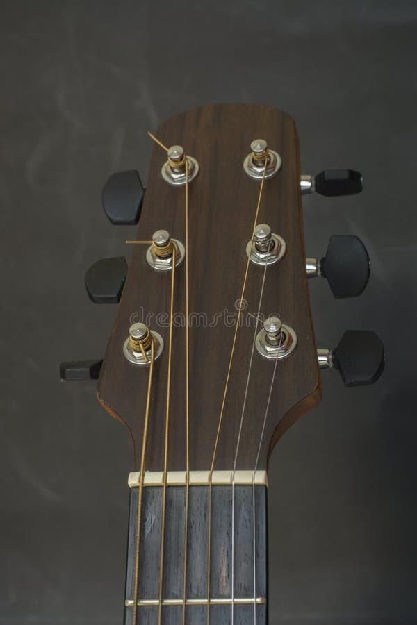 Asblok, lijstwerk bord, lijstwerken, akoestische tuners van gitaar royalty-vrije stock fotografie