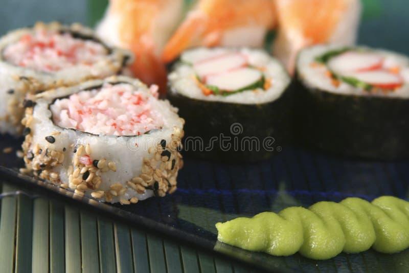 Ascendente cercano del sushi imagenes de archivo