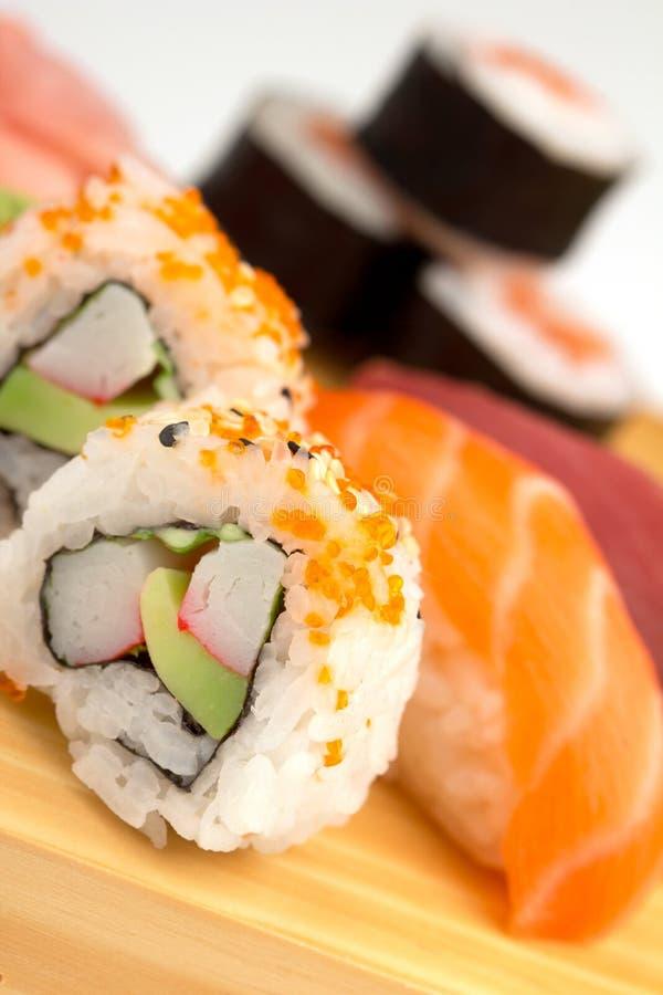 Ascendente cercano del sushi imagen de archivo