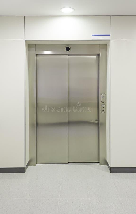 Ascenseur d'hôpital image libre de droits