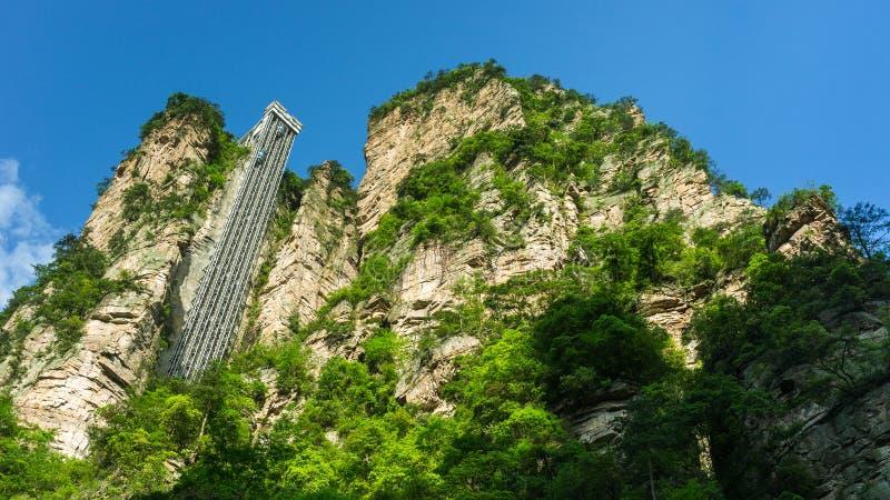 Ascenseur de Bailong à Zhangjiajie, Chine images stock