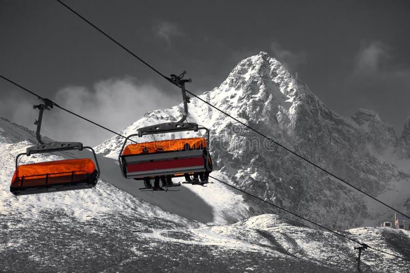 Ascensore della montagna della cabina fotografie stock