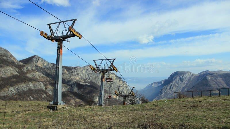 Ascensore di sci bulgaro in disuso fotografie stock libere da diritti