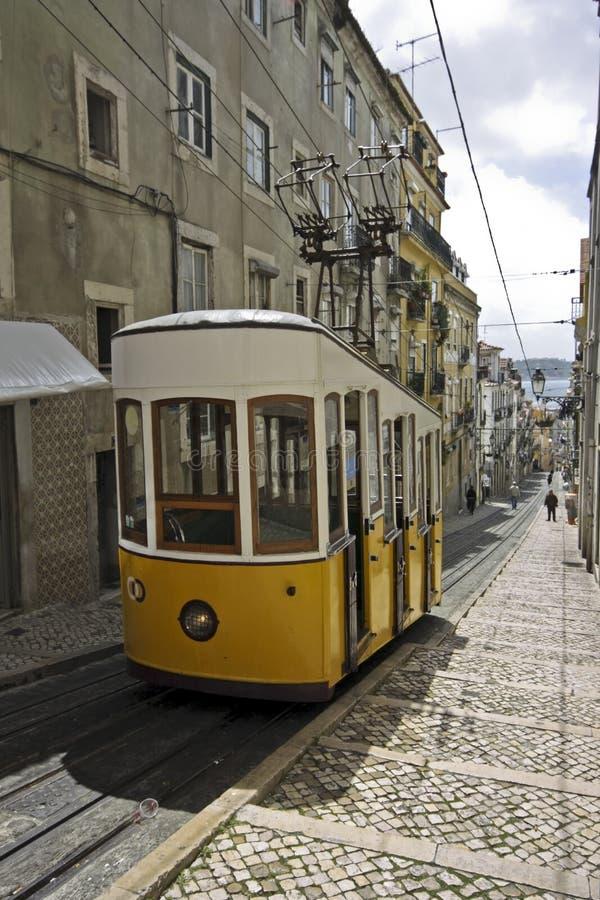 Ascensores de Bica em Lisboa Portugal imagens de stock
