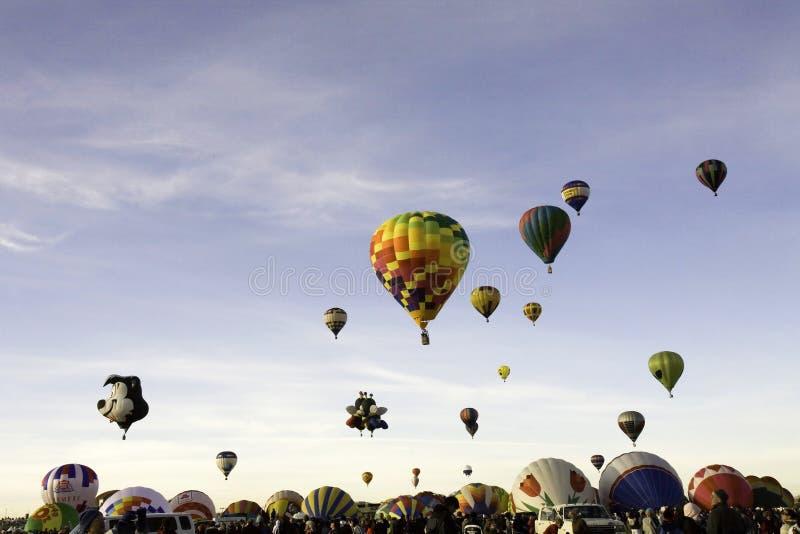 Ascention total en la fiesta del globo de Albuquerque imagen de archivo libre de regalías
