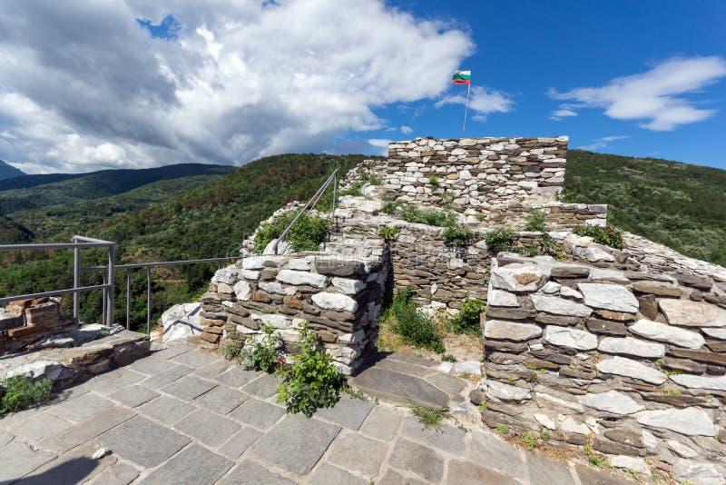 Asen ` s堡垒,阿塞诺夫格勒,保加利亚的中世纪设防 免版税库存照片