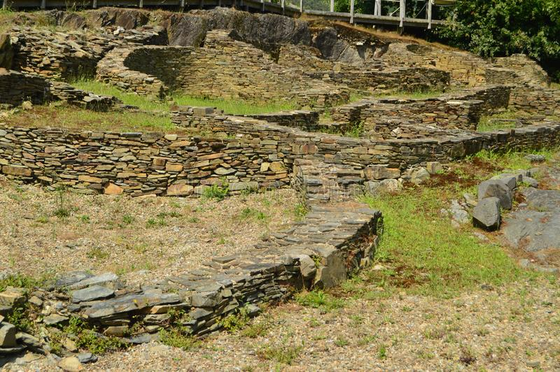 Asentamient Brązowy wiek Ja był handlowym portem w Romańskiej erze, nazwany Castro Castros W Taramundi, Asturias, zdrój zdjęcie stock