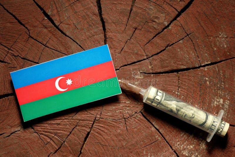 Download Aserbaidschan-Flagge Auf Einem Stumpf Mit Der Spritze, Die Geld Einspritzt Stockfoto - Bild von markierungsfahne, kopf: 96932644