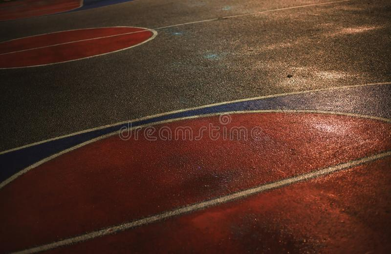 Asfalt van basketbalhof stock foto's