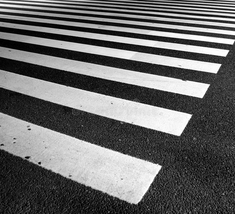asfaltlinjer trafik royaltyfria foton