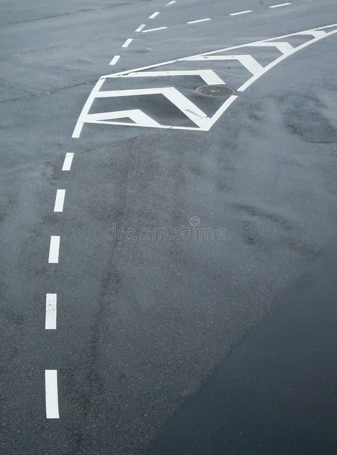 asfaltlinjer trafik royaltyfri fotografi