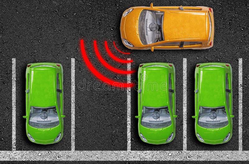 Asfalto con le automobili su una strada con il sensore di distanza e l'assistente della rottura di emergenza immagini stock