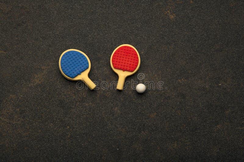 Asfalto da bola das raquetes do pong do sibilo ninguém fotos de stock