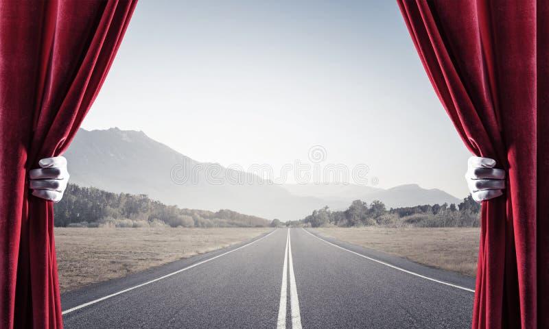 Asfalto la carretera detrás de la cortina roja y dé sostenerla stock de ilustración