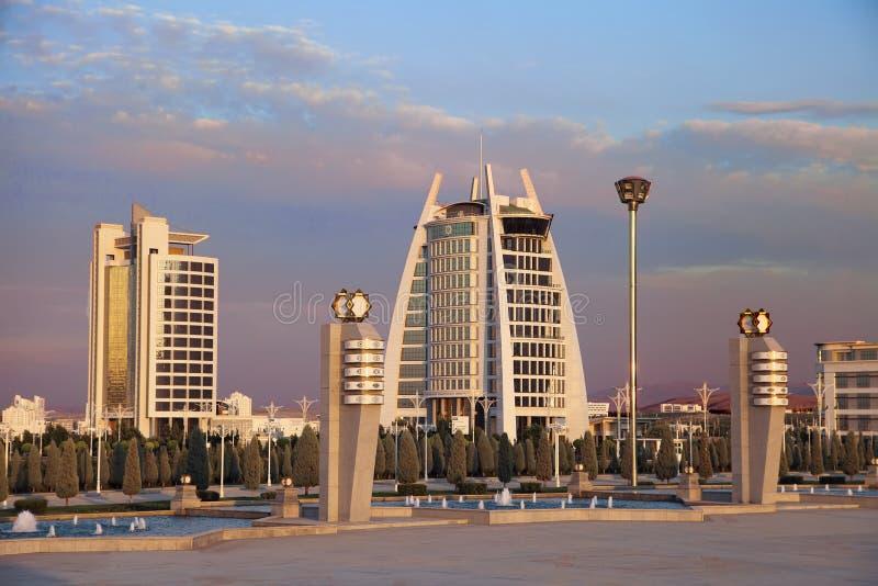 Asgabat, il Turkmenistan - 26 settembre 2017: Architetto moderno immagine stock libera da diritti