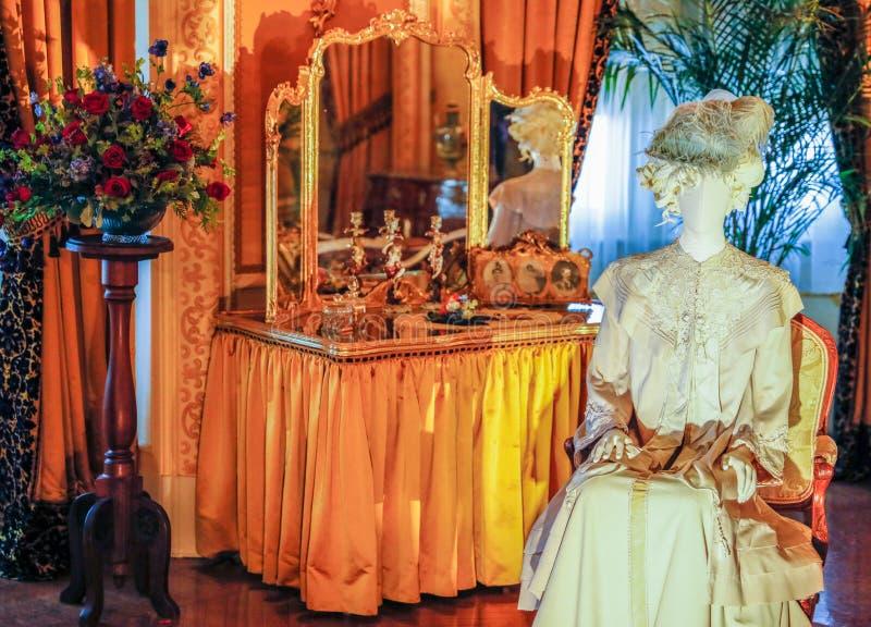 ASHEVILLE, LA CAROLINE DU NORD - 4 MARS 2017 : Exposition de costume du ` s de Biltmore photos stock