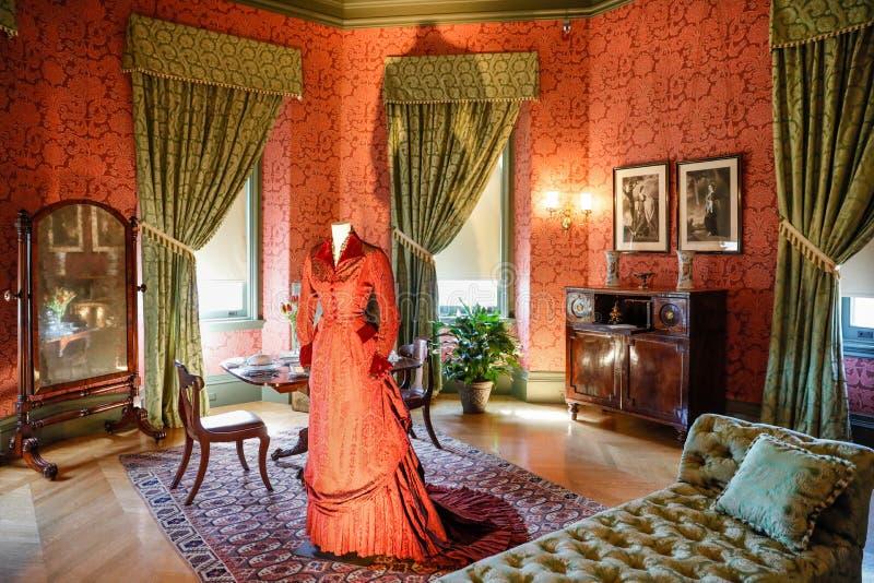 ASHEVILLE PÓLNOCNA KAROLINA, MARZEC, - 4, 2017: Biltmore ` s kostiumu wystawa zdjęcie royalty free