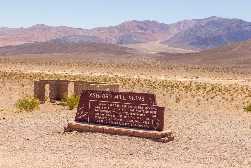 Ashford Mill Ruins, resten van een ertsmijn, Death Valley, Californië, VS royalty-vrije stock afbeelding