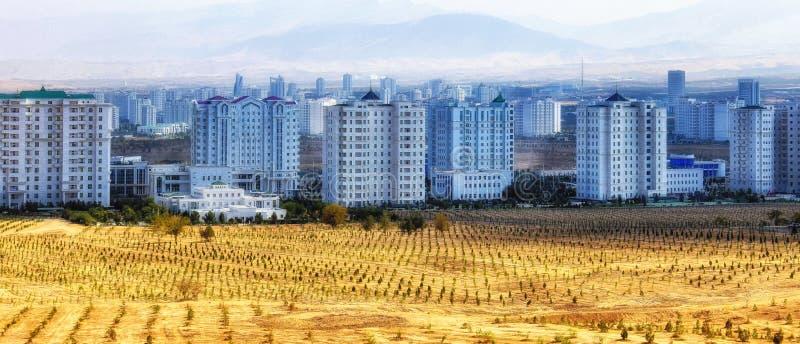 Ashgabad, Moderne gebouwen royalty-vrije stock afbeelding