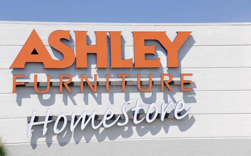 Ashley Furniture Homestore Storefront image libre de droits